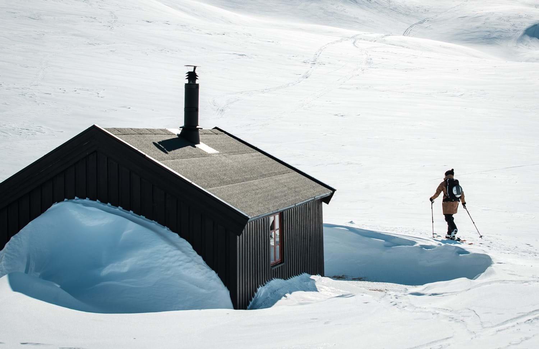 Houdini-sportswear-shell-layering-ski-touring_2.jpg