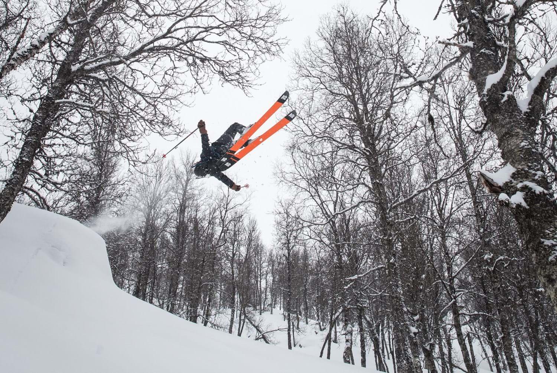Houdini-sportswear-shell-jacket-pants-skiing-clothing_7.jpg